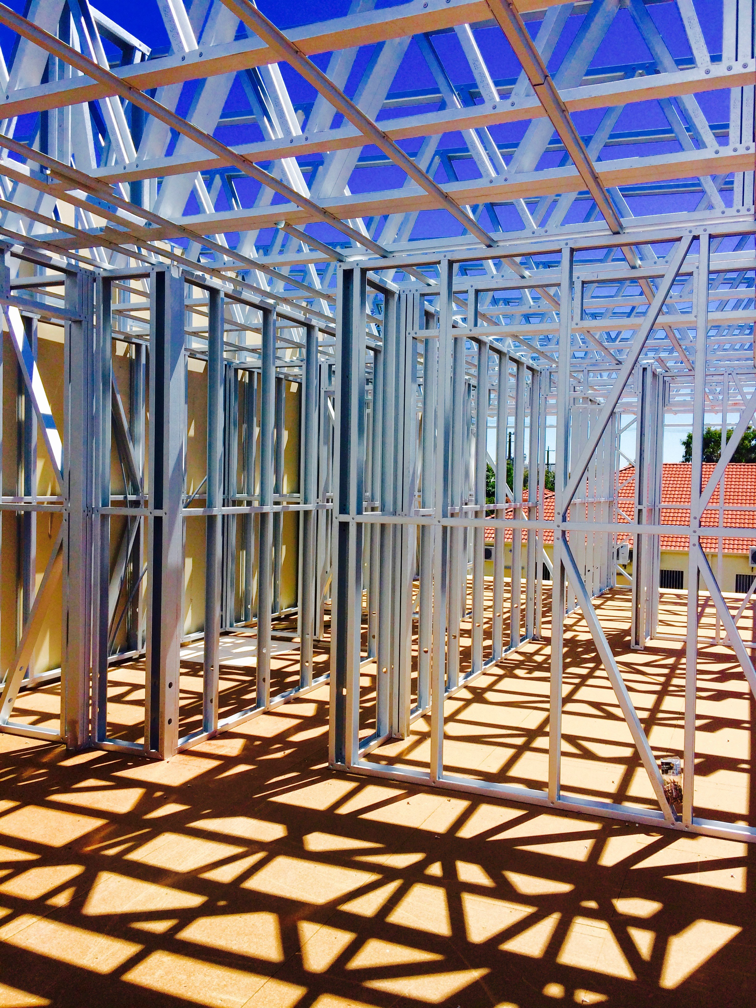 Steel wall panels & roof trusses